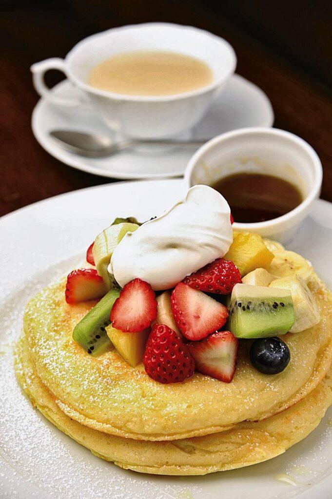 Cafe Rhineback